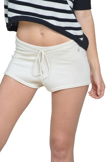Ivory colored Savannah Short in pure Cashmere Anna Kouture