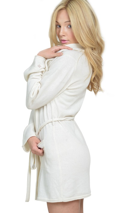 Anna Kouture Lesley Robe soft Cashmere Side